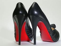 Buty z kolorową podeszwą