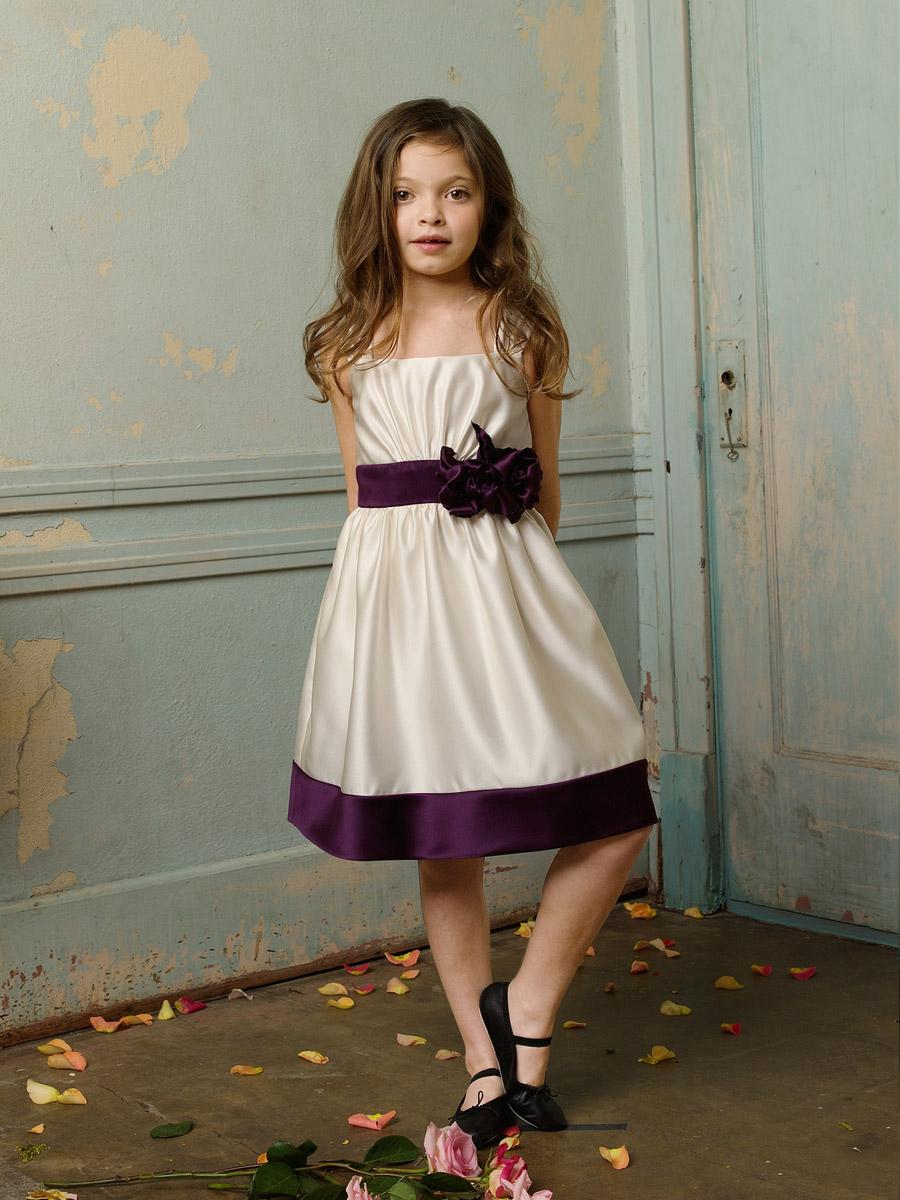 Sukienki po komunijne dla dziewczynek